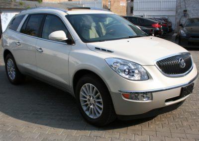 2009-Buick-Enclave-022