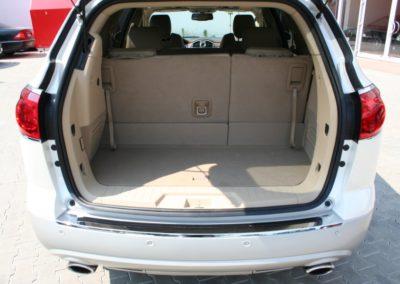 2009-Buick-Enclave-083