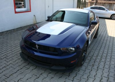 2012-Ford-Mustang-Boss-302-005