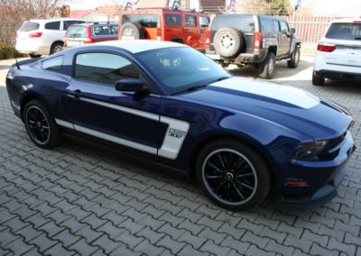 2012-Ford-Mustang-Boss-302-052