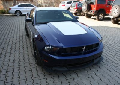 2012-Ford-Mustang-Boss-302-058