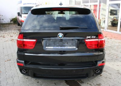 2010-BMW-X5-3.0d-010