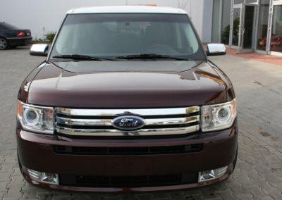 2010-Ford-Flex-001