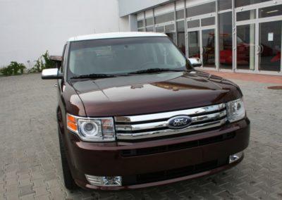 2010-Ford-Flex-022