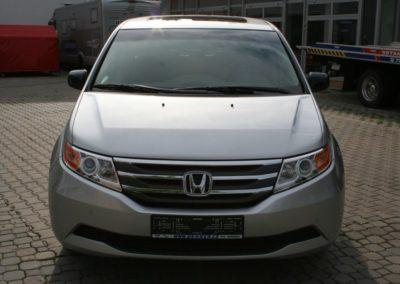 2011-Honda-Odyssey-EXL-001