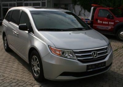 2011-Honda-Odyssey-EXL-003