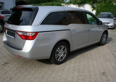 2011-Honda-Odyssey-EXL-009