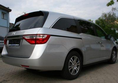 2011-Honda-Odyssey-EXL-047