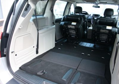 2012-Chrysler-Grand-Voyager-Town-Country-070