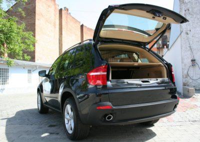 2008-BMW-X5-069