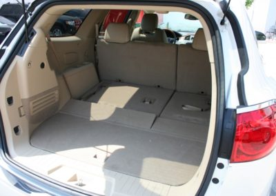 2009-Buick-Enclave-090