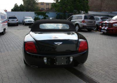 Bentley-Continental-GTC-010