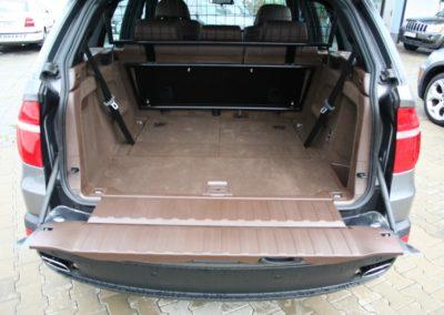 2008-BMW-X5-054