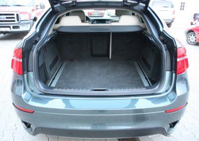 2009-BMW-X6-075
